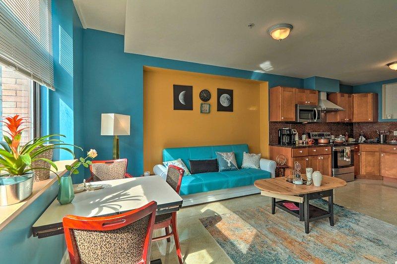 ¡Este condominio de Filadelfia de 2 dormitorios y 2 baños se encuentra en la ubicación perfecta!