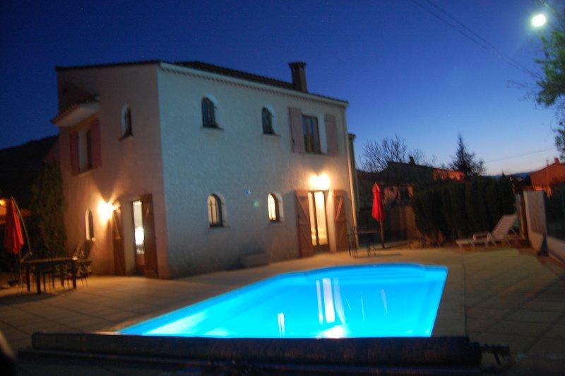 Appartement Mimosas - 2 Bedroom Gite - Laroque des Alberes, holiday rental in Villelongue-dels-Monts