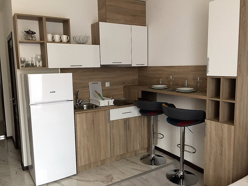 Comfortable Studio with cozy balcony, vacation rental in Ahtopol