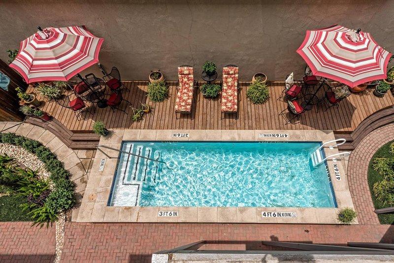 Green Door Lofts-Urban Cowboy - Silos/Downtown, holiday rental in Waco
