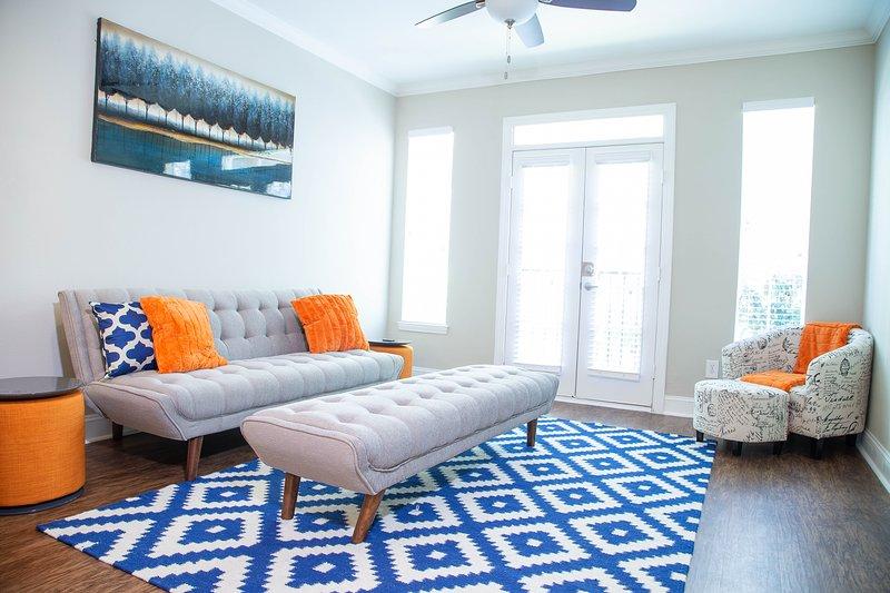 Atlanta Midtown/Buckhead Oasis 'Orange Crush Suite', holiday rental in Atlanta