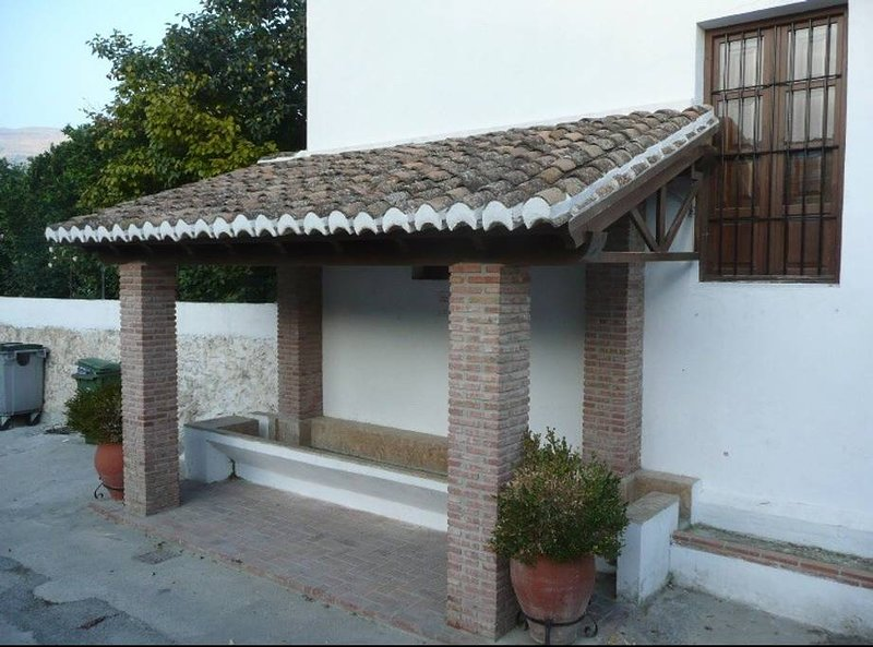 Nice house with terrace – semesterbostad i Pinos del Valle