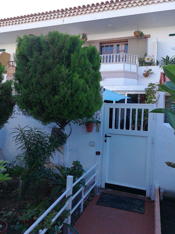 Terraced house in the La Paz Urbanization of Puerto de la Cruz in the Botanical District.
