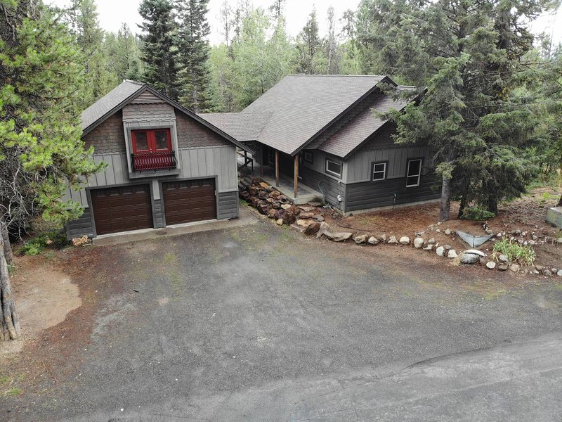 Magic McCall Cabin and Studio for Larger Groups, location de vacances à Lake Fork