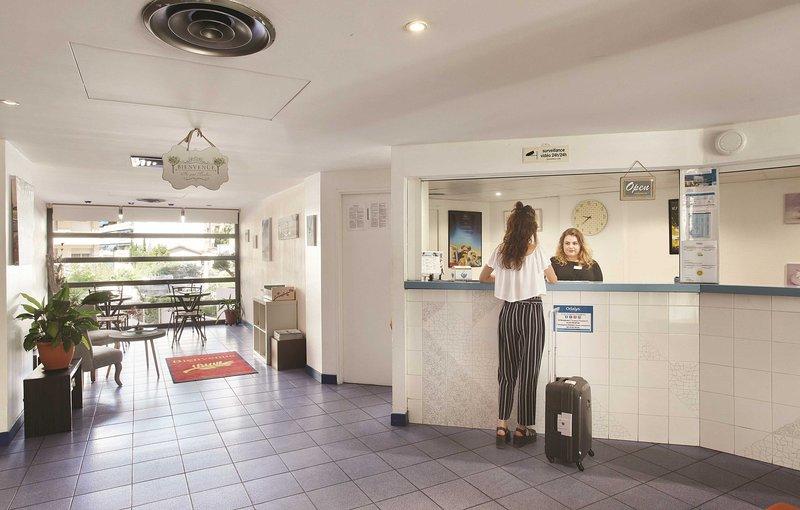 El equipo de servicios para huéspedes en el lugar garantiza que tengas una estancia libre de estrés.