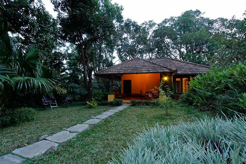 Gowri Nivas by Vista Rooms, holiday rental in Madikeri