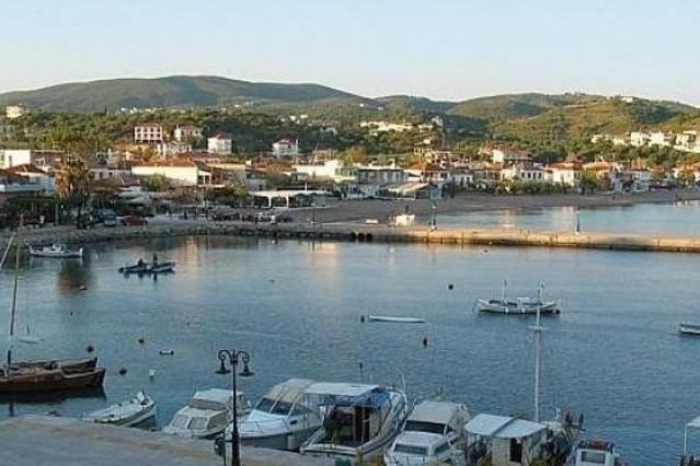 Foinikounta port