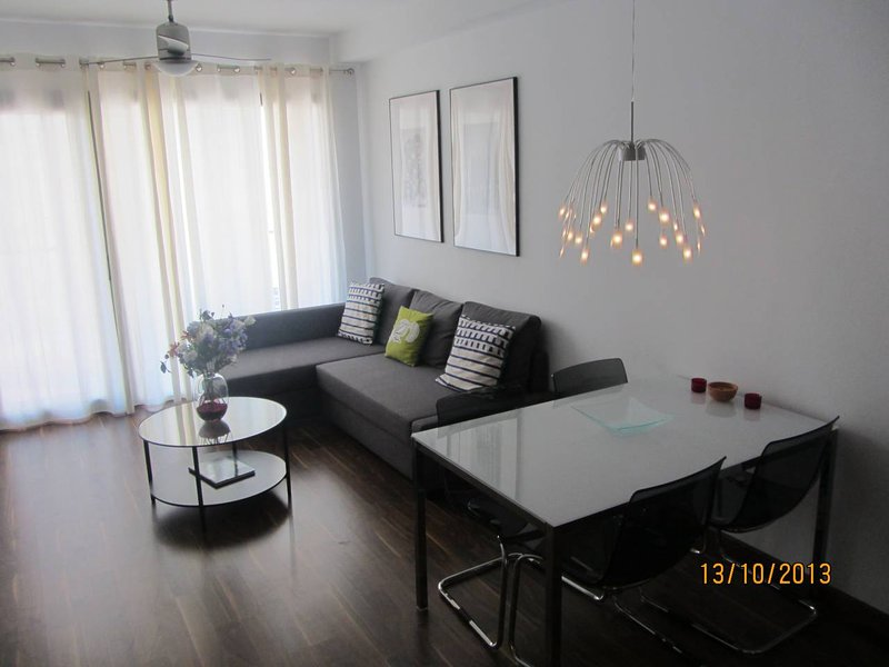 Nice apartment with terrace & Wifi, holiday rental in Piles