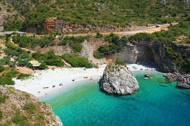 Foneas beach(15km)