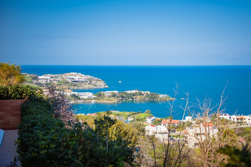 F&K Apartment I1, Agia Pelagia, holiday rental in Achlada