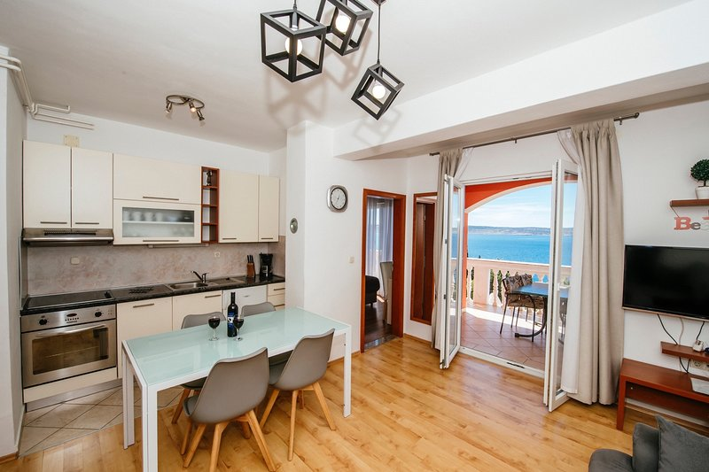 Seaview family apartment, holiday rental in Kukljic