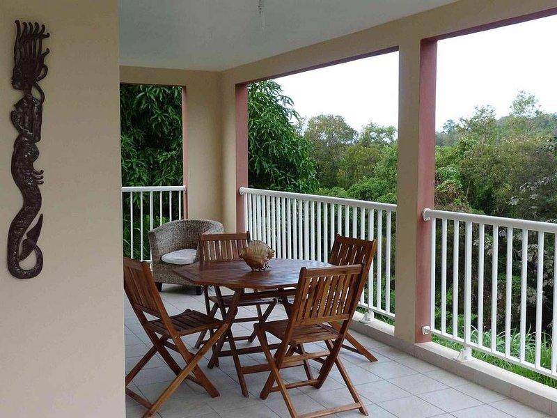 Beautiful apartment with garden, location de vacances à Schoelcher