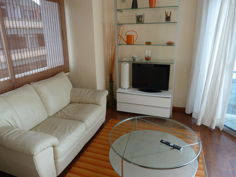 Nice apartment with sea view & Wifi, vacation rental in Utiaca
