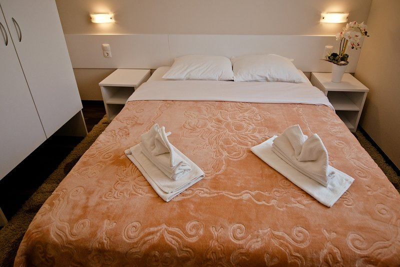 Guest House Ero - Triple Room, holiday rental in Medugorje