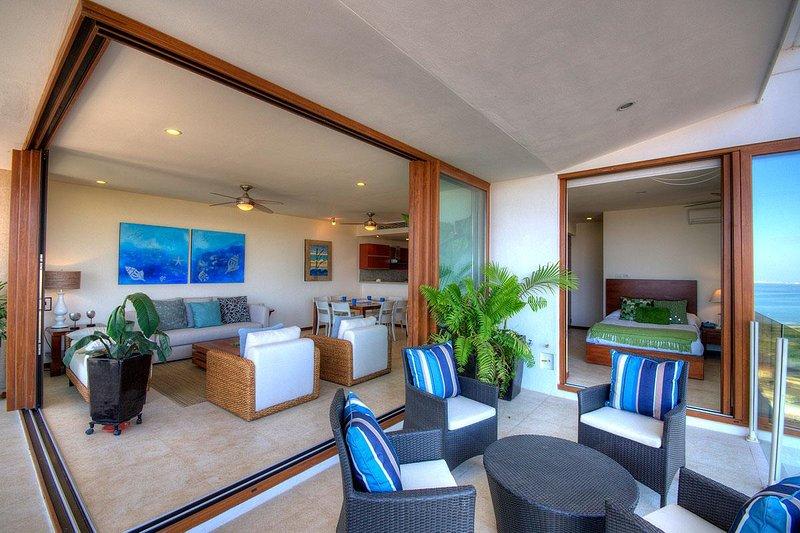 Amura 202 Alamar Apartment, holiday rental in La Cruz de Huanacaxtle