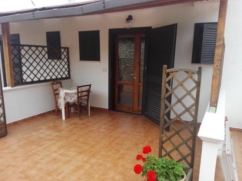 Appartamento mono-Valle degli ulivi nel verde a pochi minuti dal mare 6, casa vacanza a Chiesiola