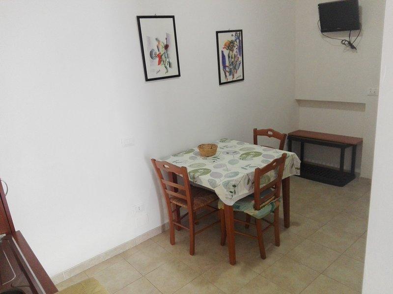 Appartamento trilo-Valle degli ulivi nel verde a pochi minuti dal mare 7, casa vacanza a Chiesiola