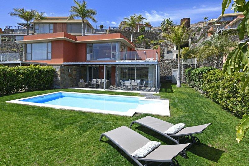 Salobre Los Dragos 12, holiday rental in Gran Canaria