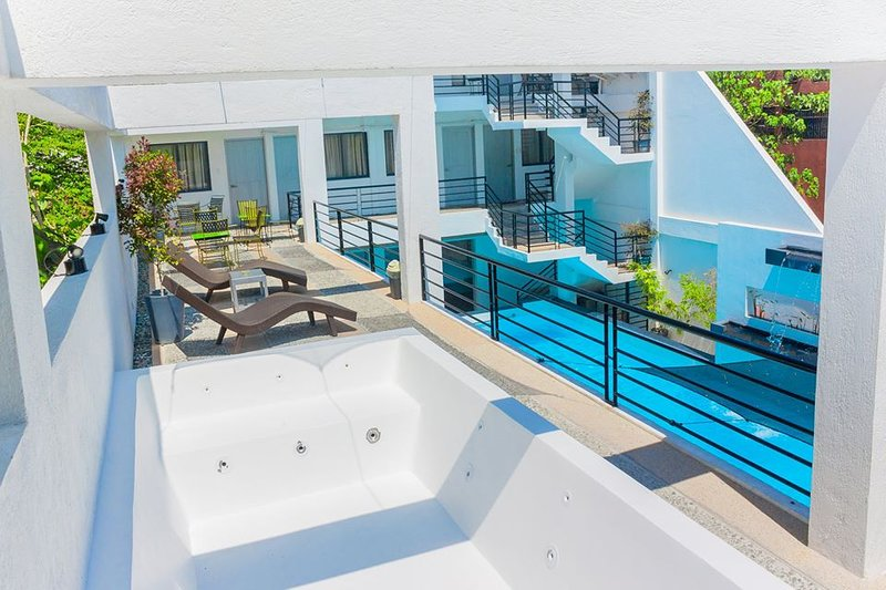 ADMIRIA 2 Resort, vacation rental in Laguna Province