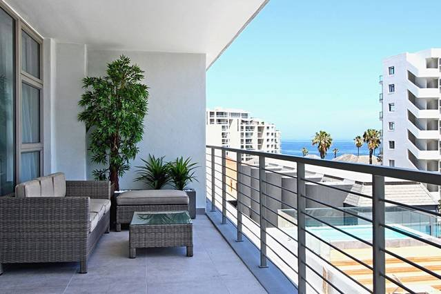 Fairmont 303, vacation rental in Bantry Bay