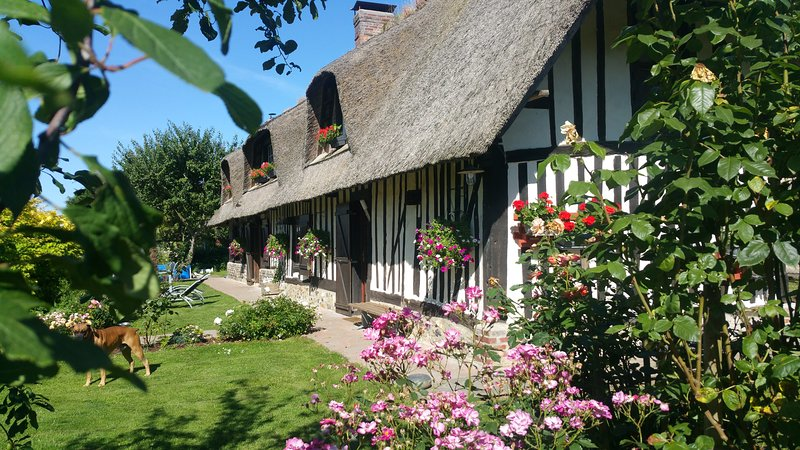 La Chaumière, holiday rental in Brionne