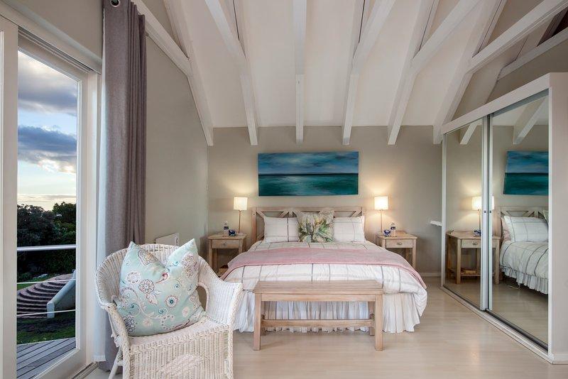 Hermanus Protea Cottage, holiday rental in Caledon