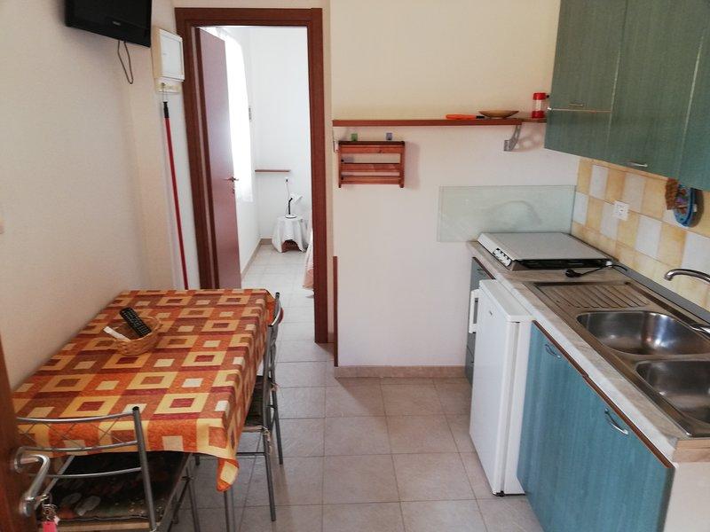 Appartamento bilo-Valle degli ulivi nel verde  a pochi minuti dal mare 5, casa vacanza a Chiesiola