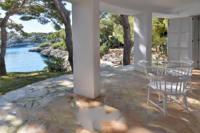 6 bedroom Villa with Air Con, WiFi and Walk to Beach & Shops - 5364870 Chalet in Cala d'Or