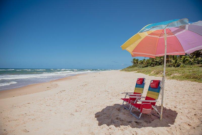 GUARAJUBA BEIRA MAR SUMMER HOUSE TERREO 2SUL 101, vacation rental in Guarajuba