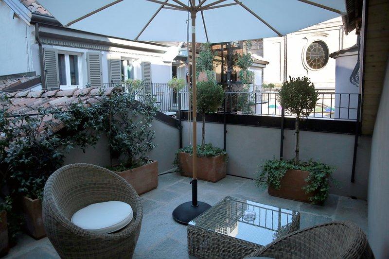 La Canonica Resort - Nizza Monferrato - Bilocale a 2 piani Perpetua con terrazza, holiday rental in Castel Boglione