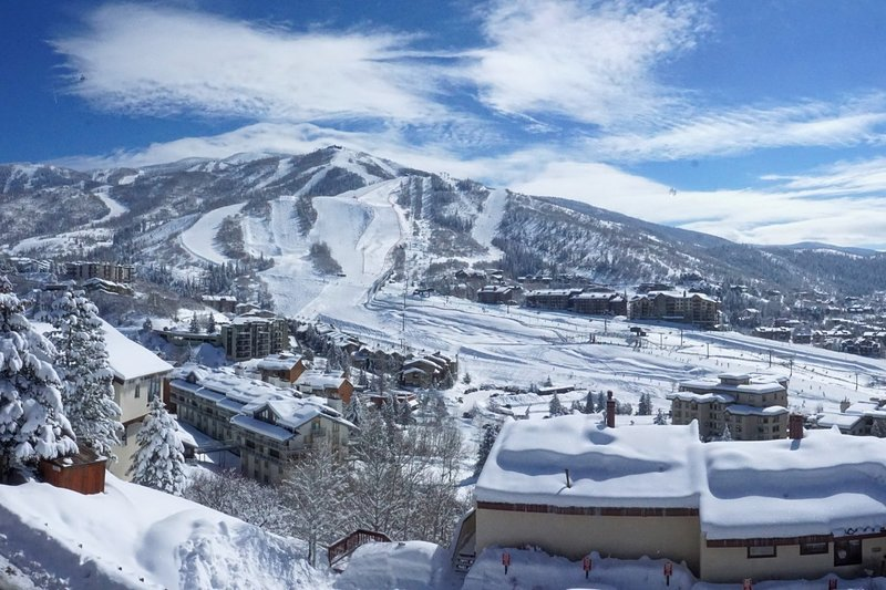 Amazing Views of the Steamboat Ski Resort from this condo