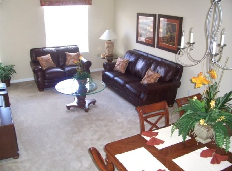 5039TVC-34. Luxurious 3 Bed 3.5 Bath Town Home Located in Vista Cay, vacation rental in Orlando