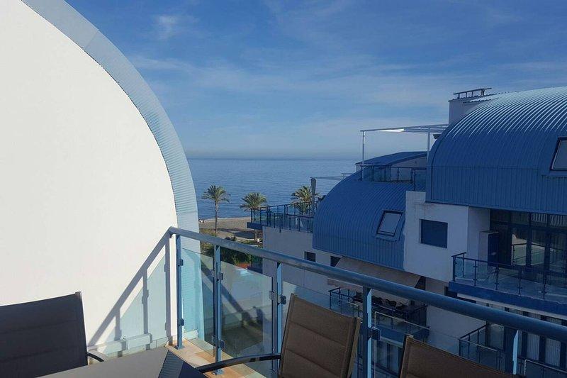 Nice apartment with shared pool, alquiler de vacaciones en Gualchos
