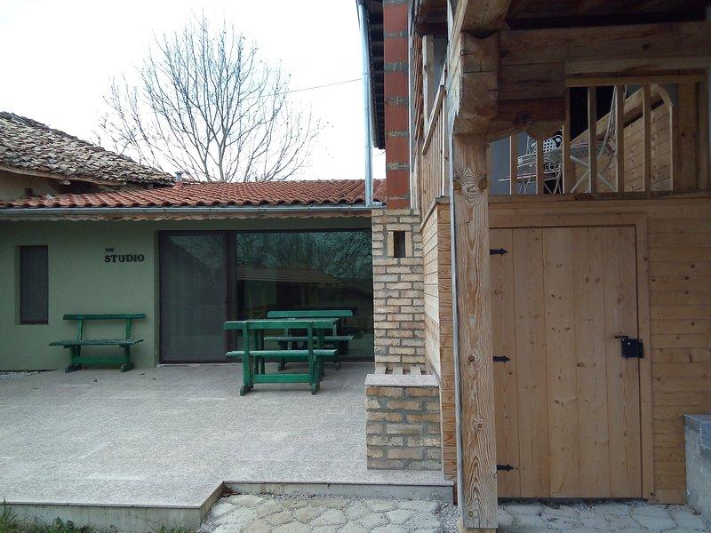 Studio Apartment in Palamartsa, Ferienwohnung in Targovishte Province