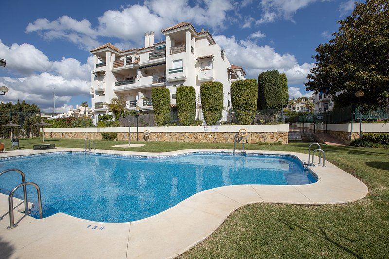 Puerto Banus , fantastic apartment near the beach , Marbella – semesterbostad i Puerto Banus