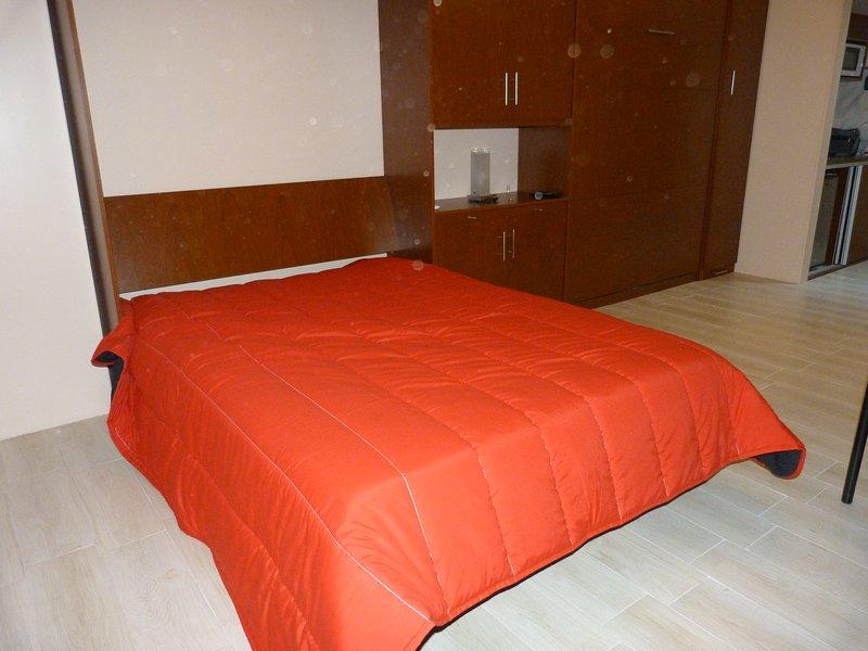 An open bed