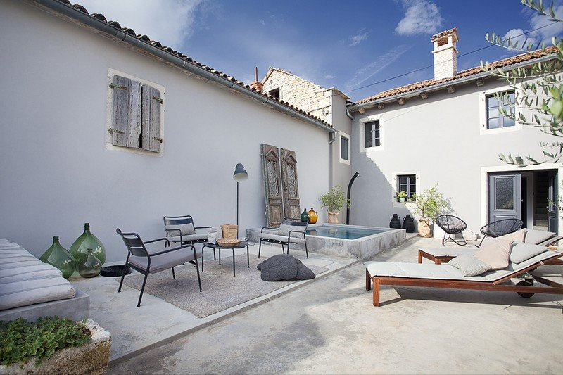 Lovely Villa Petit, in Istria, with a Pool, holiday rental in Tinjan
