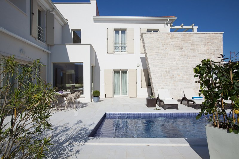 Beautiful Villa Candida, in Istria, with a Pool, vacation rental in Cervar Porat