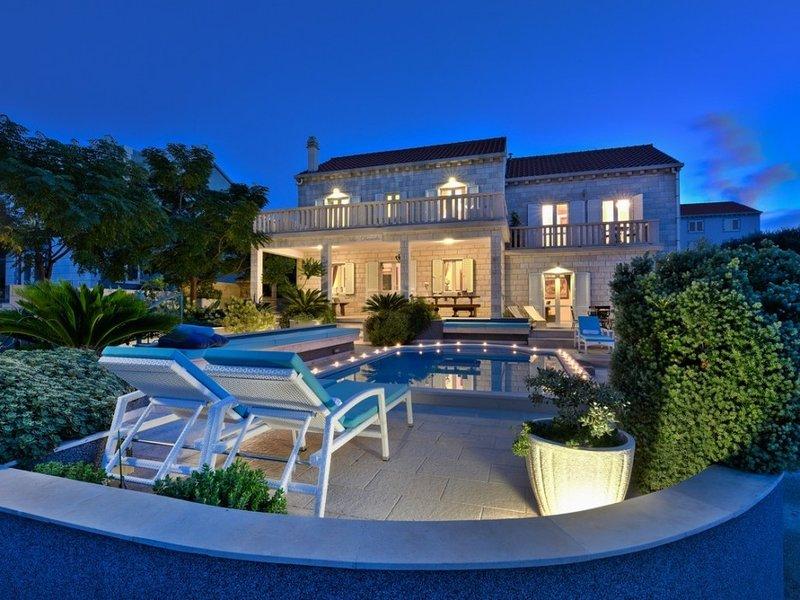 Beautiful Villa Daniela, on the Island of Korcula, vacation rental in Lumbarda