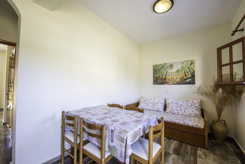 Miltiadis Apartment 2, holiday rental in Afionas