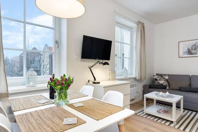 Elite Apartments Szeroka Duplex | duplex apartment & free wifi  | OLD TOWN, vacation rental in Pruszcz Gdanski