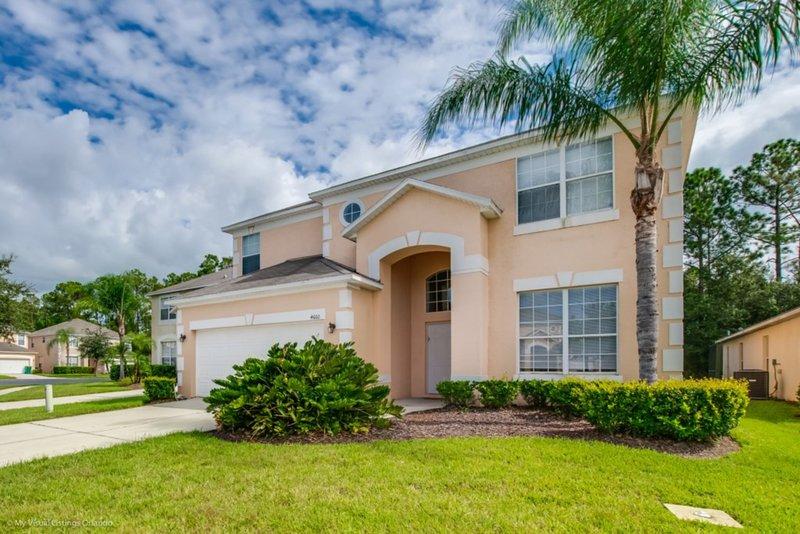 You Will Love this 5 Star Villa located on Terra Verde Resort, Orlando Villa, casa vacanza a Intercession City