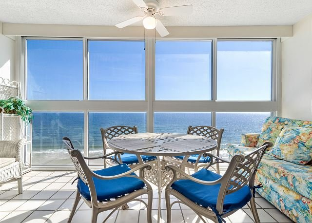 Edgewater West 95 ~ Great Gulf View ~ Comfy Balcony ~ Bender Vacation Rentals, location de vacances à Gulf Shores