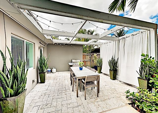 chic south florida pool home with a tropical backyard and meticulous rh tripadvisor com