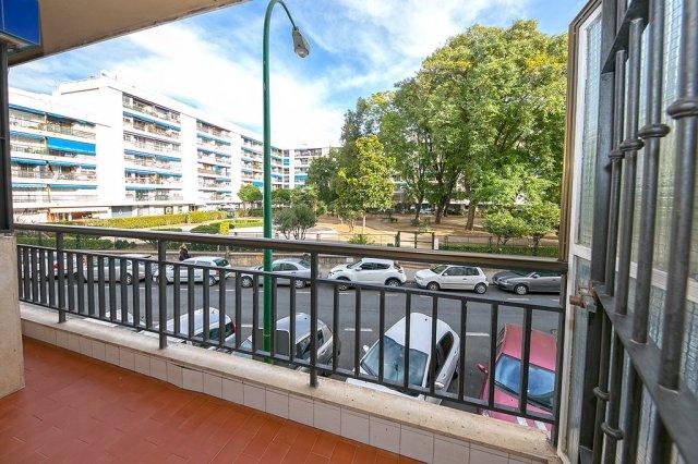 NUEVA VIVIENDA/APARTAMENTO COMPLETO EN SEVILLA, aluguéis de temporada em Castilblanco de los Arroyos
