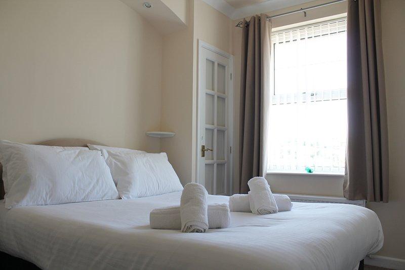 Master Bedroom (Double Bed) with En-suite
