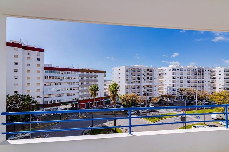 Rei - Quarteira Center, vacation rental in Vilamoura