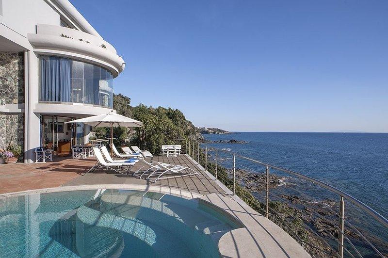 Villa Livorno, vacation rental in Quercianella