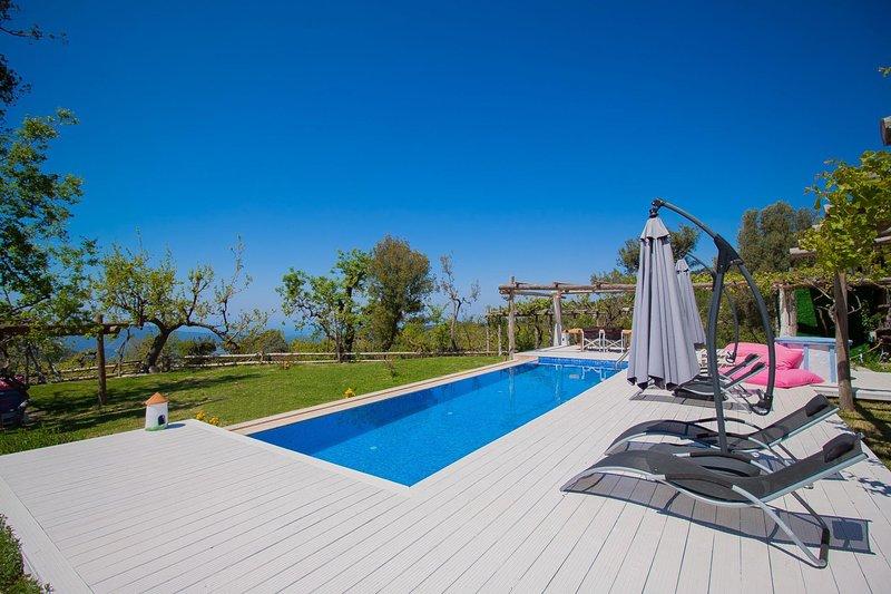 Islamlar Villa Sleeps 4 with Pool Air Con and WiFi - 5781706, holiday rental in Islamlar