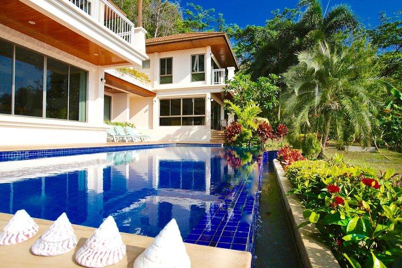 Quiet set of 4 villas 2 mins to sandy Ao Yon Beach.